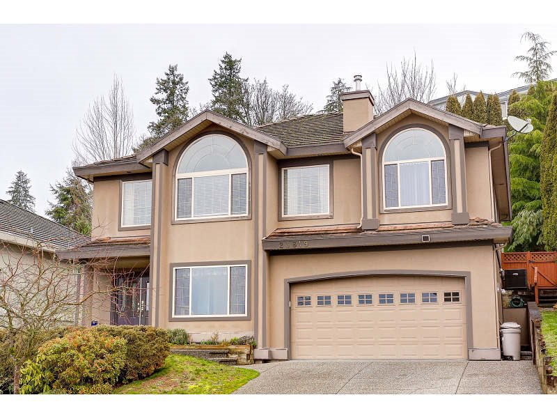 "Main Photo: 23819 ZERON Avenue in Maple Ridge: Albion House for sale in ""KANAKA RIDGE ESTATES"" : MLS®# R2035291"