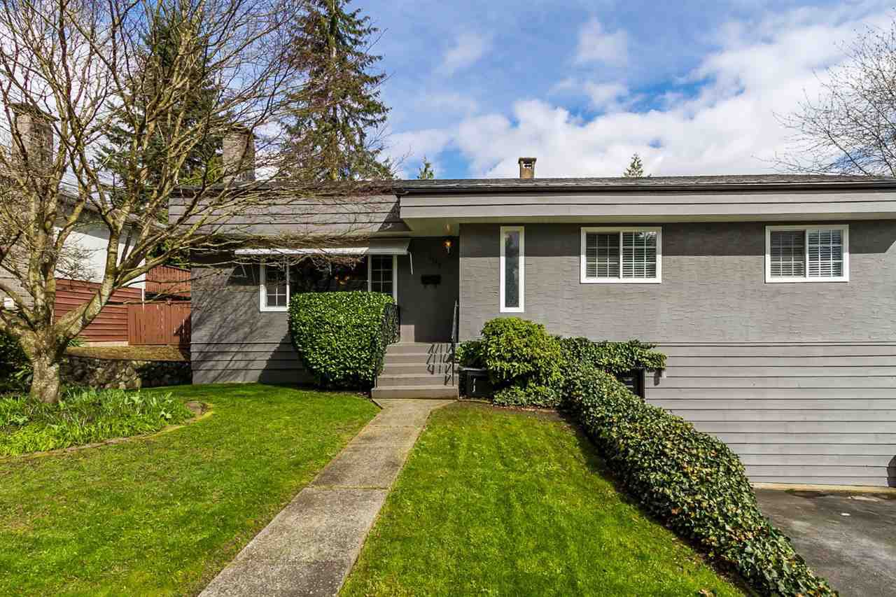 "Main Photo: 2105 CARMEN Place in Port Coquitlam: Mary Hill House for sale in ""MARY HILL"" : MLS®# R2046927"