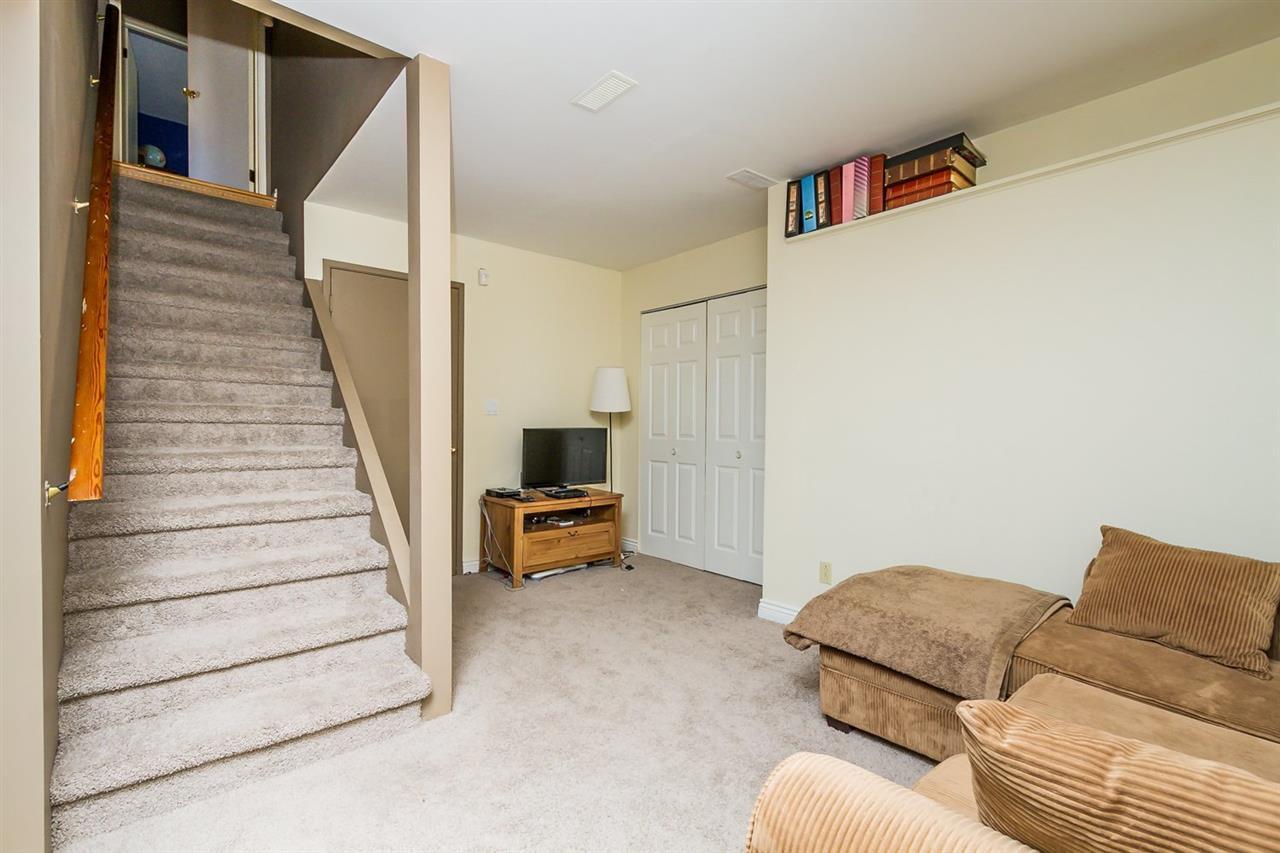 """Photo 13: Photos: 2105 CARMEN Place in Port Coquitlam: Mary Hill House for sale in """"MARY HILL"""" : MLS®# R2046927"""