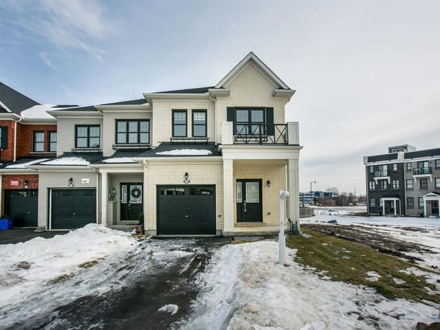 Main Photo: 202 Boadway Crescent in Whitchurch-Stouffville: Stouffville House (2-Storey) for sale : MLS®# N3684587