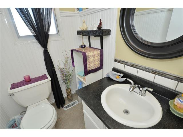 Photo 21: Photos: 10 GLENPATRICK Crescent: Cochrane House for sale : MLS®# C4094257