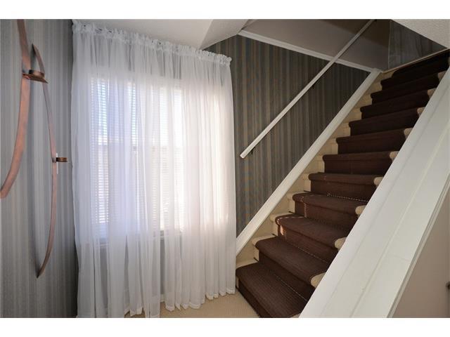 Photo 22: Photos: 10 GLENPATRICK Crescent: Cochrane House for sale : MLS®# C4094257