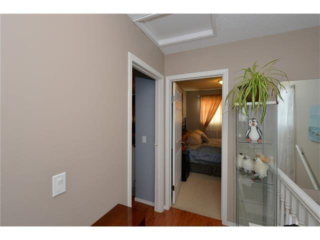 Photo 23: Photos: 10 GLENPATRICK Crescent: Cochrane House for sale : MLS®# C4094257