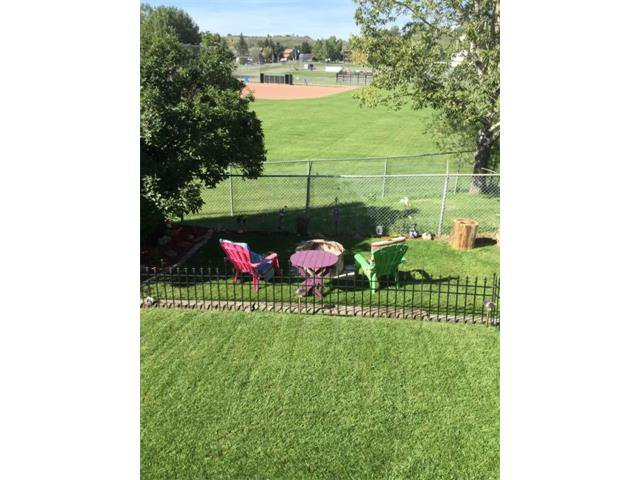 Photo 46: Photos: 10 GLENPATRICK Crescent: Cochrane House for sale : MLS®# C4094257