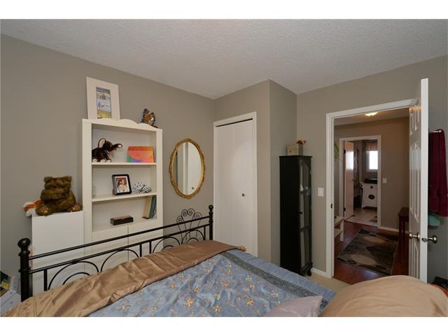 Photo 32: Photos: 10 GLENPATRICK Crescent: Cochrane House for sale : MLS®# C4094257