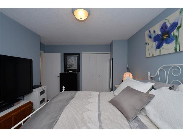 Photo 26: Photos: 10 GLENPATRICK Crescent: Cochrane House for sale : MLS®# C4094257