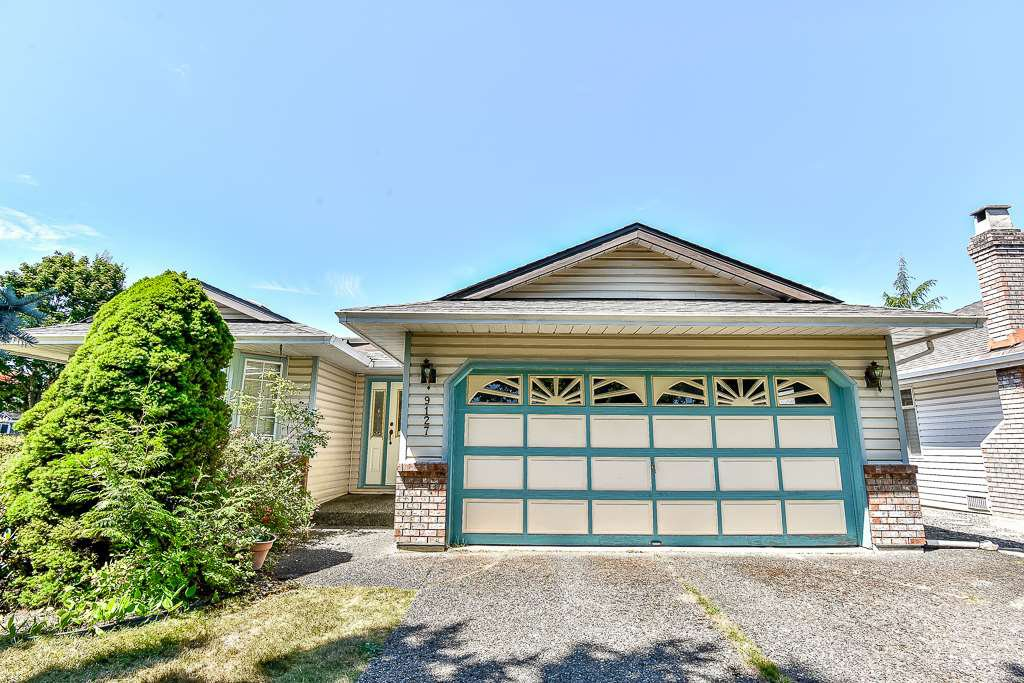Main Photo: 9127 161A Street in Surrey: Fleetwood Tynehead House for sale : MLS®# R2188659