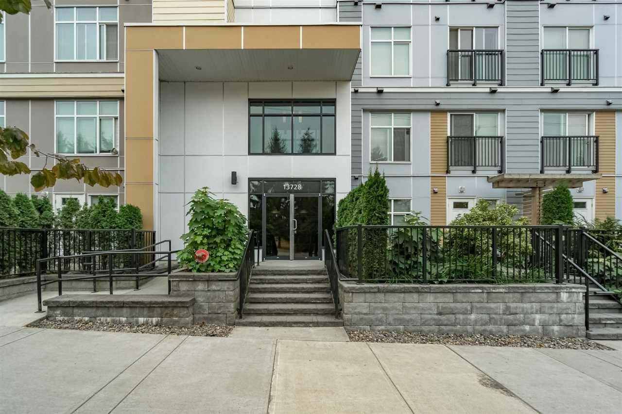"""Photo 2: Photos: 413 13728 108 Avenue in Surrey: Whalley Condo for sale in """"QUATTRO 3"""" (North Surrey)  : MLS®# R2204524"""