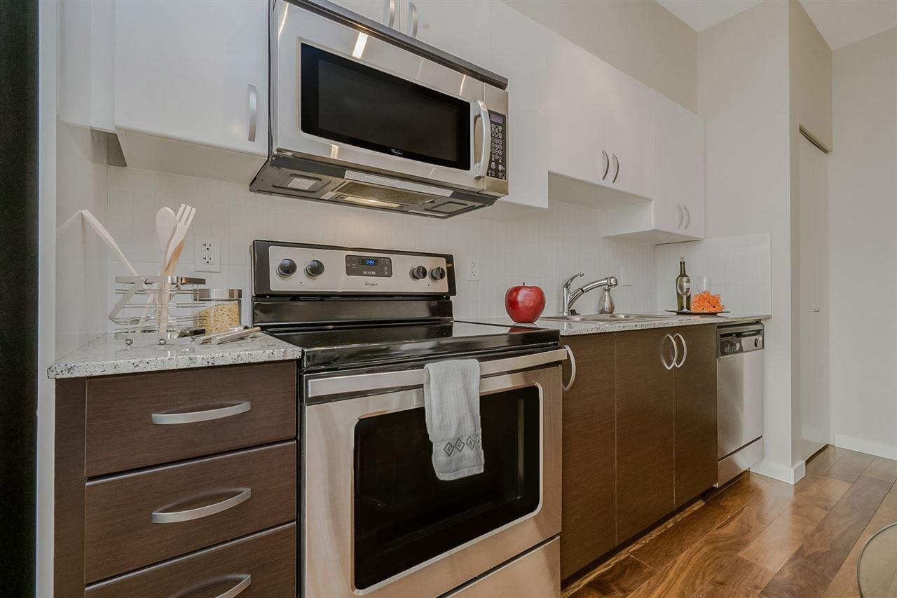 """Photo 5: Photos: 413 13728 108 Avenue in Surrey: Whalley Condo for sale in """"QUATTRO 3"""" (North Surrey)  : MLS®# R2204524"""