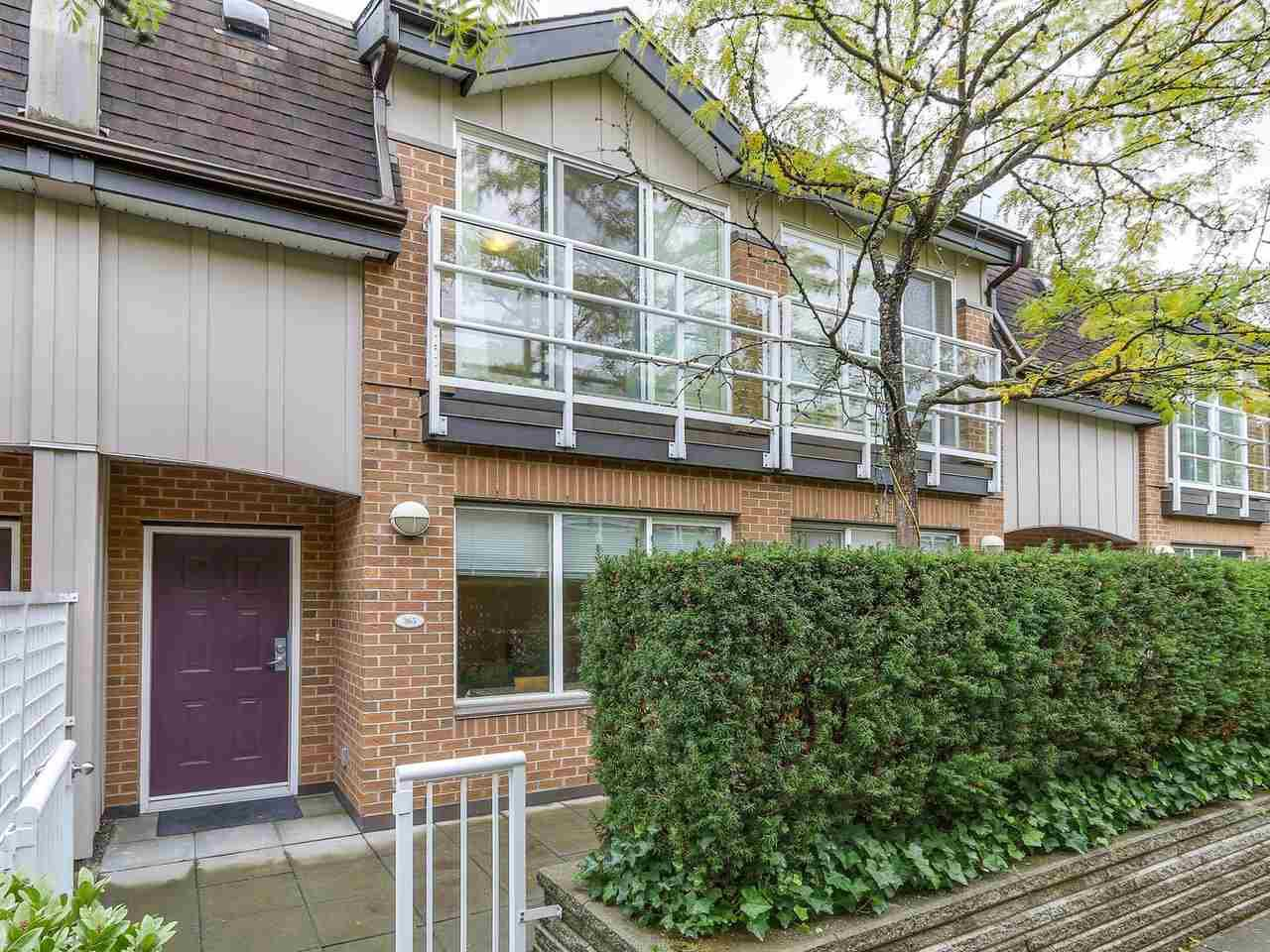 "Main Photo: 365 5790 EAST Boulevard in Vancouver: Kerrisdale Townhouse for sale in ""THE LAUREATES"" (Vancouver West)  : MLS®# R2209302"