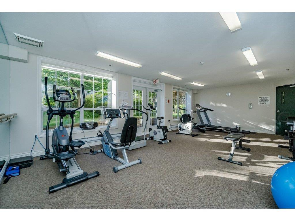 "Photo 18: Photos: 308 2985 PRINCESS Crescent in Coquitlam: Canyon Springs Condo for sale in ""PRINCESS GATE"" : MLS®# R2210208"