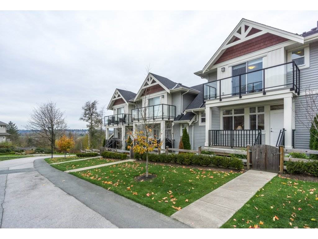 Main Photo: 4 7198 179 Street in Surrey: Cloverdale BC Townhouse for sale (Cloverdale)  : MLS®# R2220452