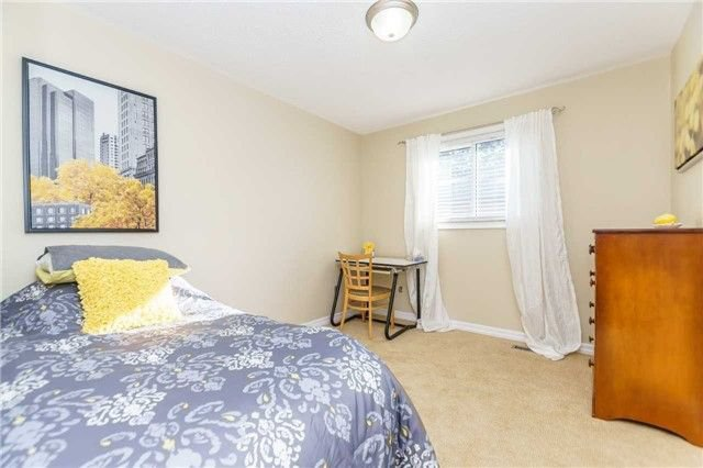 Photo 17: Photos: 3 Shenstone Avenue in Brampton: Heart Lake West House (2-Storey) for sale : MLS®# W4032870