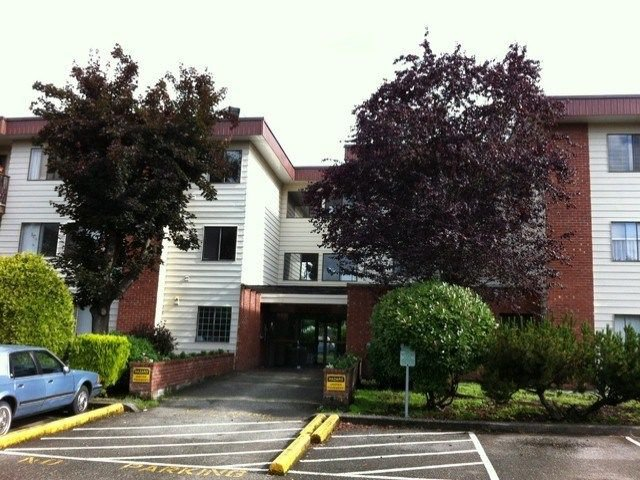 "Main Photo: D433 1909 SALTON Road in Abbotsford: Central Abbotsford Condo for sale in ""Forest Village"" : MLS®# R2240869"