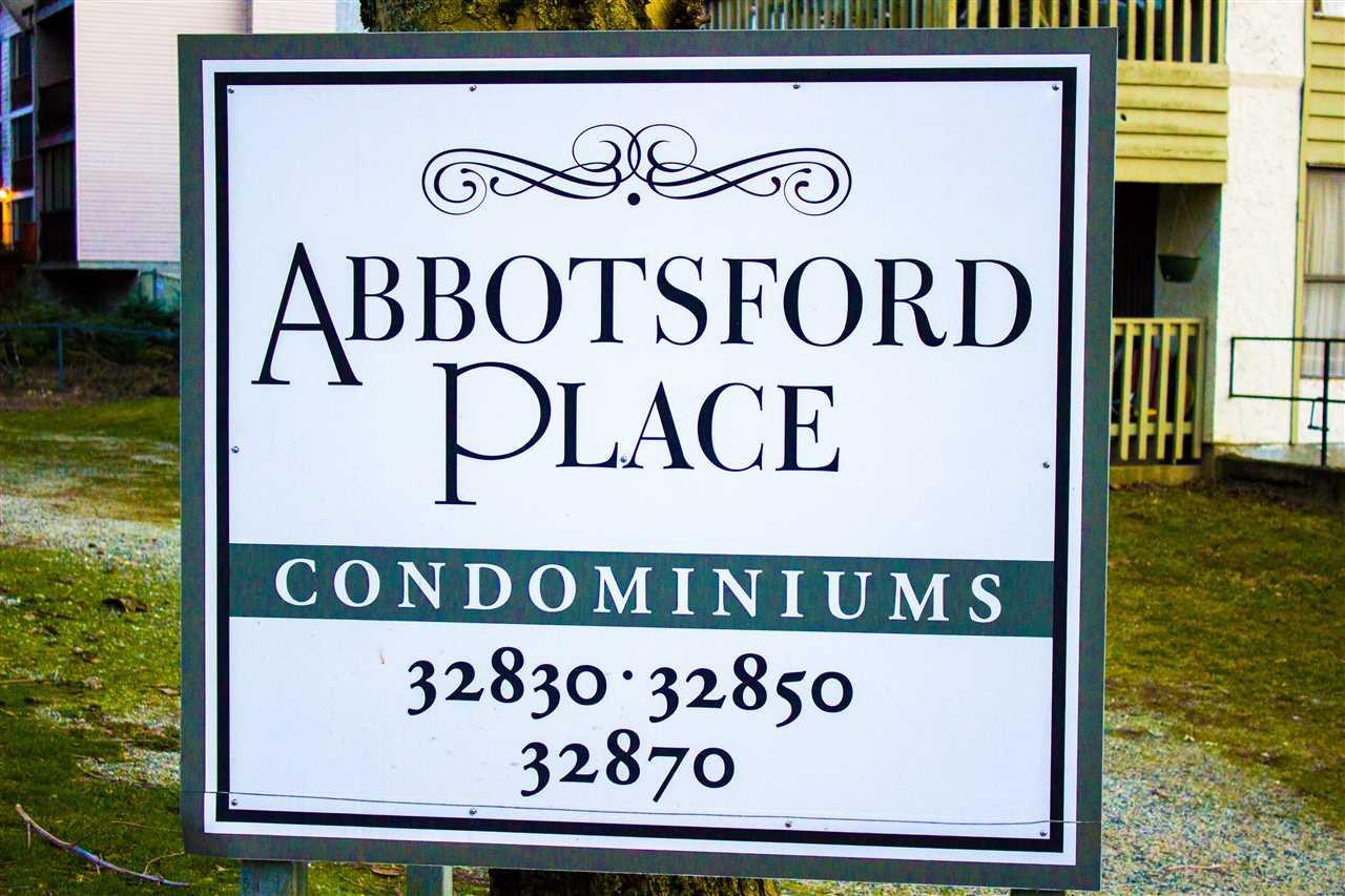 "Main Photo: 435 32830 GEORGE FERGUSON Way in Abbotsford: Central Abbotsford Condo for sale in ""Abbotsford Place"" : MLS®# R2241632"