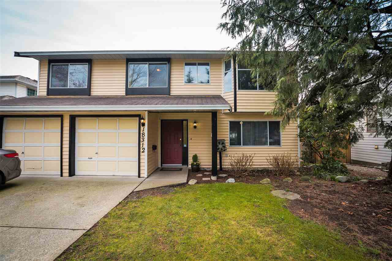 Main Photo: 18312 HUNTER Place in Surrey: Cloverdale BC House for sale (Cloverdale)  : MLS®# R2250960