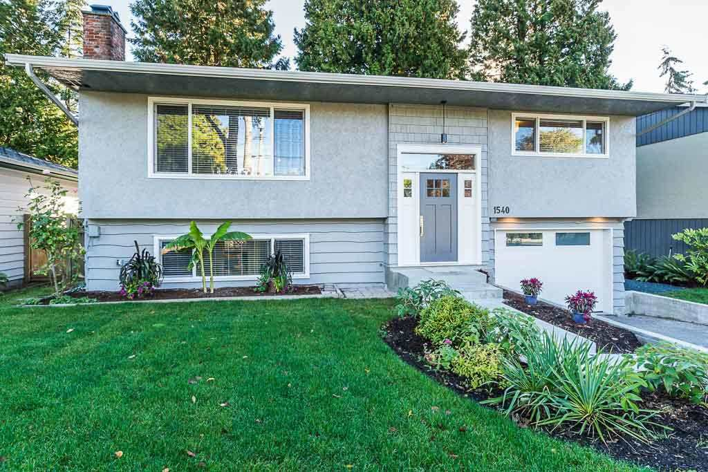 Main Photo: 1540 STEVENS STREET: White Rock House for sale (South Surrey White Rock)  : MLS®# R2196854