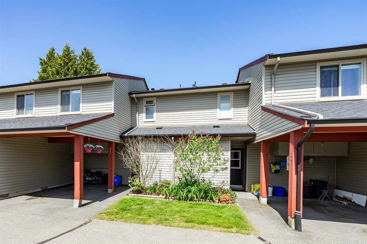"Main Photo: 51 27456 32 Avenue in Langley: Aldergrove Langley Townhouse for sale in ""Cedar Park Estates"" : MLS®# R2261779"