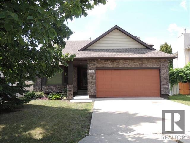 Main Photo: 39 Hamilton Meadows Drive in Winnipeg: Crestview Residential for sale (5H)  : MLS®# 1822749