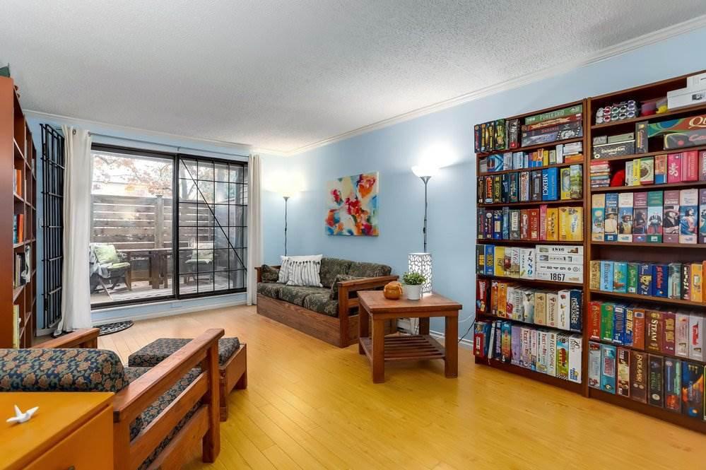 """Main Photo: 116 1422 E 3RD Avenue in Vancouver: Grandview VE Condo for sale in """"La Contessa"""" (Vancouver East)  : MLS®# R2321442"""