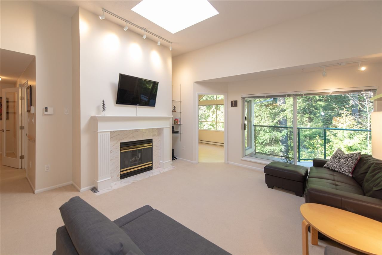 """Main Photo: 407 3680 BANFF Court in North Vancouver: Northlands Condo for sale in """"Parkgate Manor"""" : MLS®# R2340085"""
