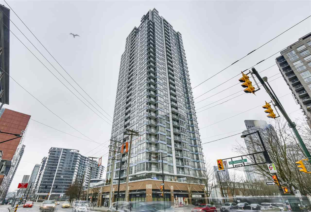 "Main Photo: 907 928 BEATTY Street in Vancouver: Yaletown Condo for sale in ""THE MAX"" (Vancouver West)  : MLS®# R2342026"
