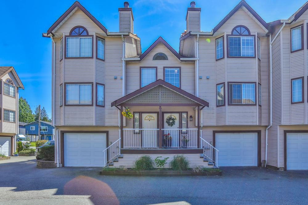 Main Photo: 3 2352 PITT RIVER ROAD in Port Coquitlam: Mary Hill Townhouse for sale : MLS®# R2369177