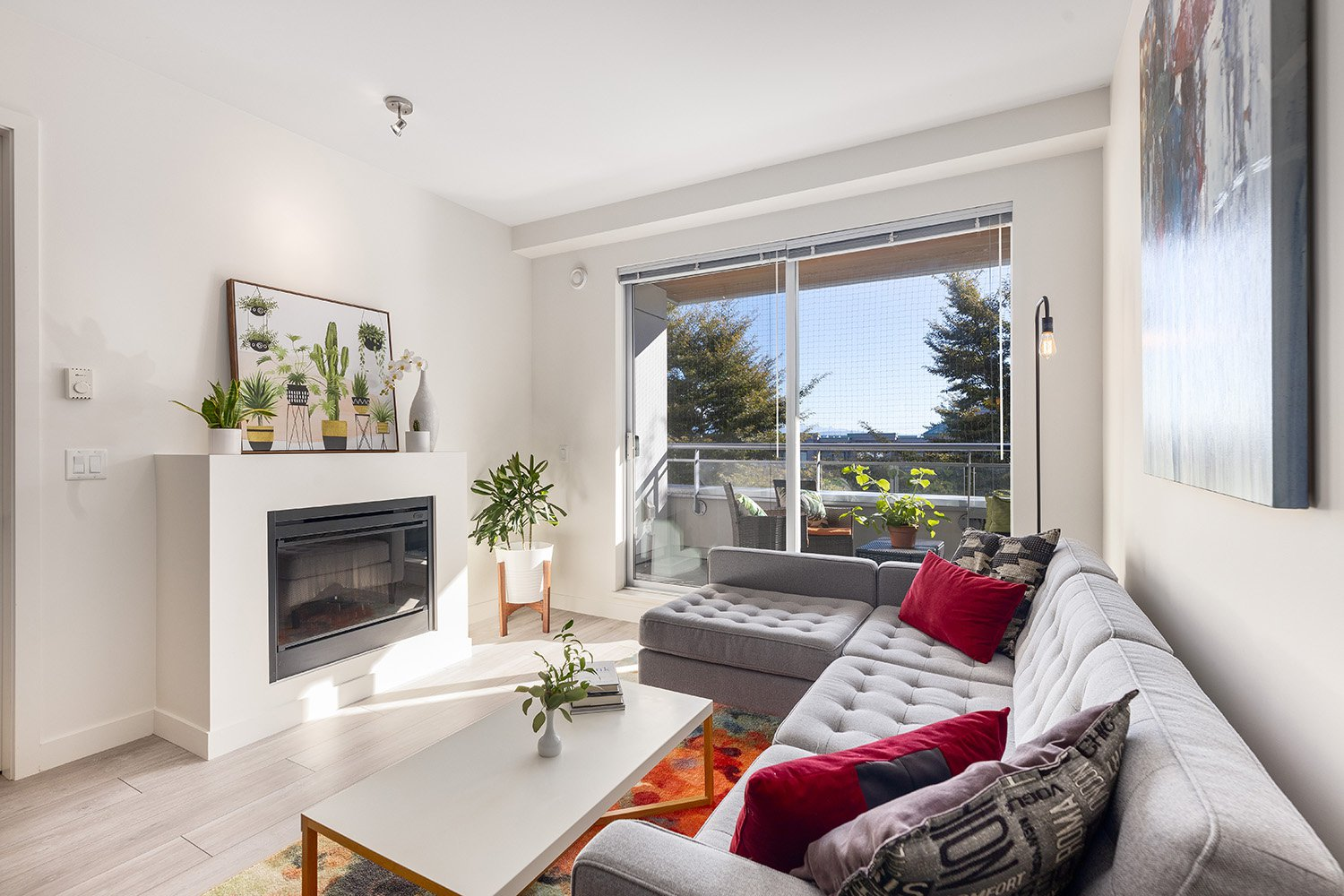 Main Photo: 312 3333 Main Street in Vancouver: Mount Pleasant VE Condo for sale (Vancouver East)  : MLS®# 2503298