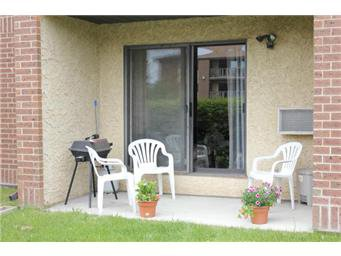 Main Photo: 104 307 Tait Crescent in Saskatoon: Wildwood Condominium for sale (Saskatoon Area 01)  : MLS®# 402593