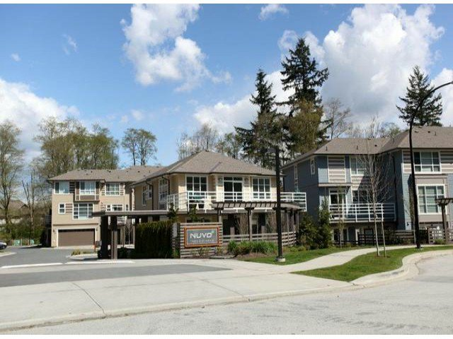 """Main Photo: 32 15405  31 AV in Surrey: King George Corridor Townhouse for sale in """"Nuvo"""" (South Surrey White Rock)  : MLS®# F1308519"""