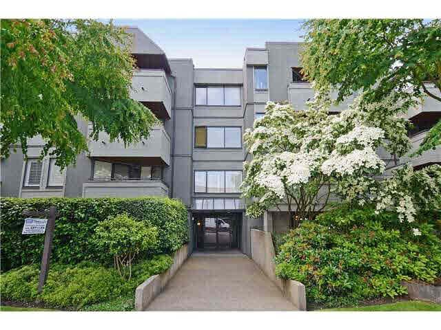 Main Photo: 102 1476 W 10TH Avenue in Vancouver: Fairview VW Condo for sale (Vancouver West)  : MLS®# V1132798