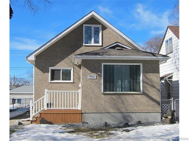Main Photo: 709 Bond Street in Winnipeg: Transcona Residential for sale (North East Winnipeg)  : MLS®# 1605755