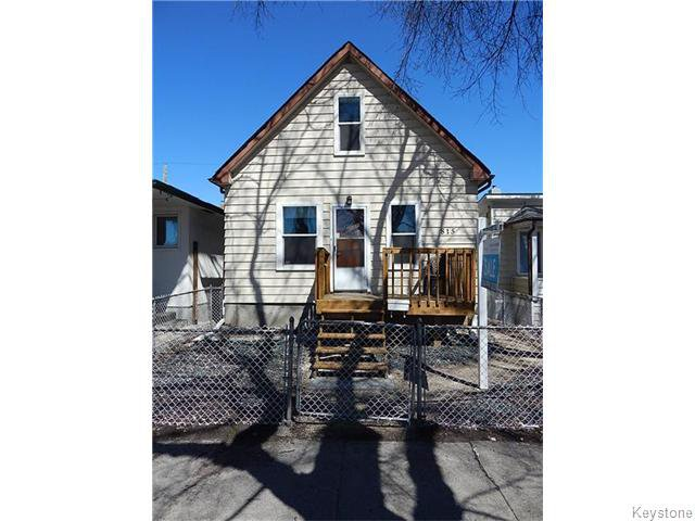 Main Photo: 815 Boyd Avenue in Winnipeg: North End Residential for sale (North West Winnipeg)  : MLS®# 1609014