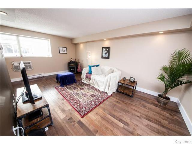 Photo 2: Photos: 108 Chandos Avenue in Winnipeg: Norwood Flats Condominium for sale (2B)  : MLS®# 1619043