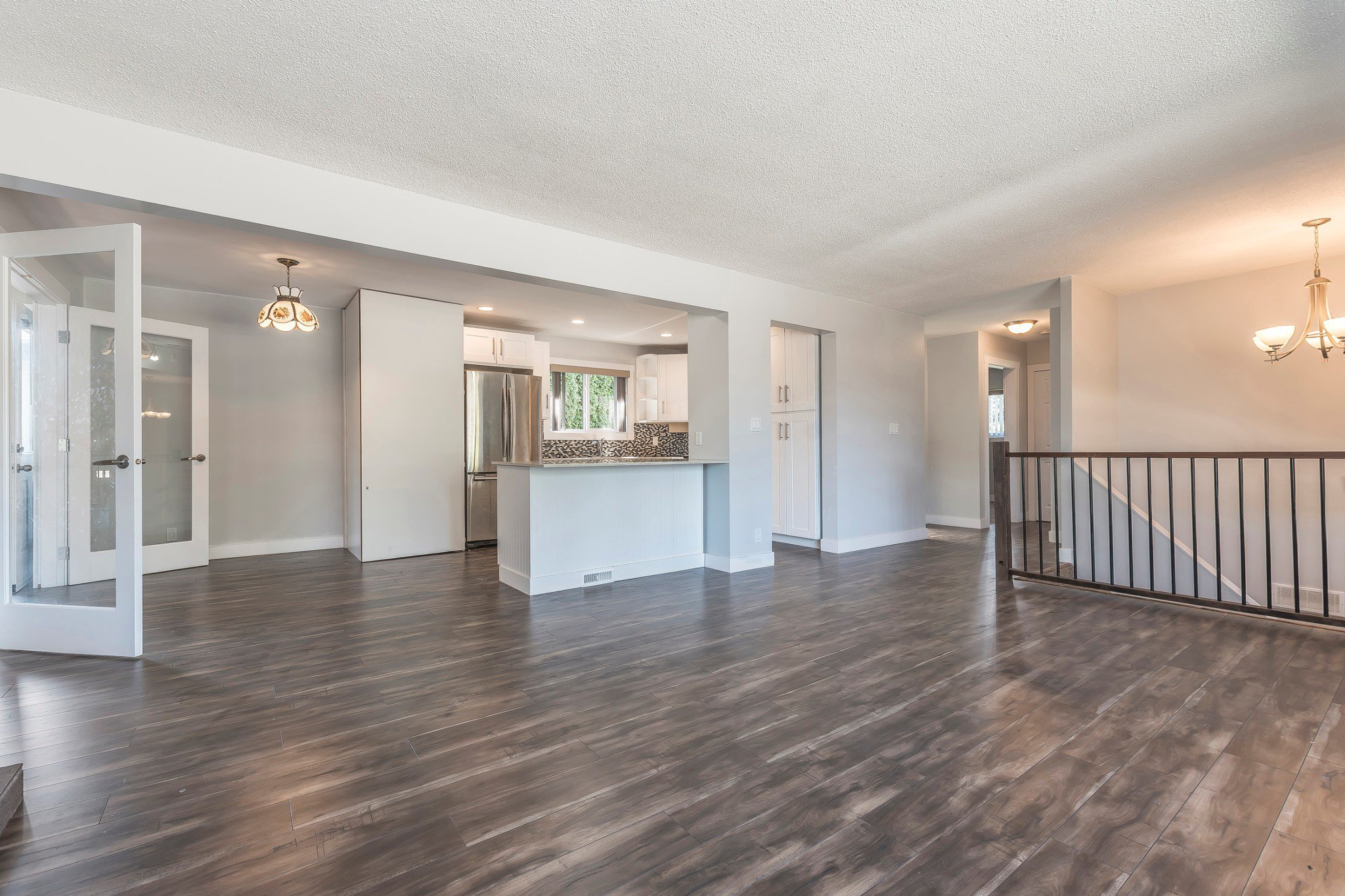 Photo 4: Photos: 46240 Reece: Chilliwack House for sale : MLS®# R2211935
