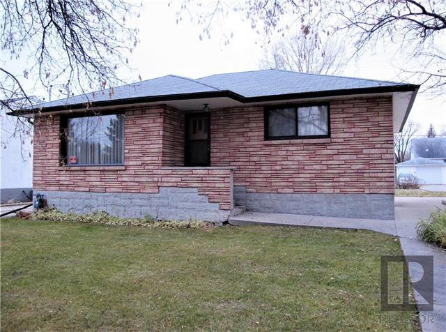 Main Photo:  in Winnipeg: East Kildonan Residential for sale (3D)  : MLS®# 1829840