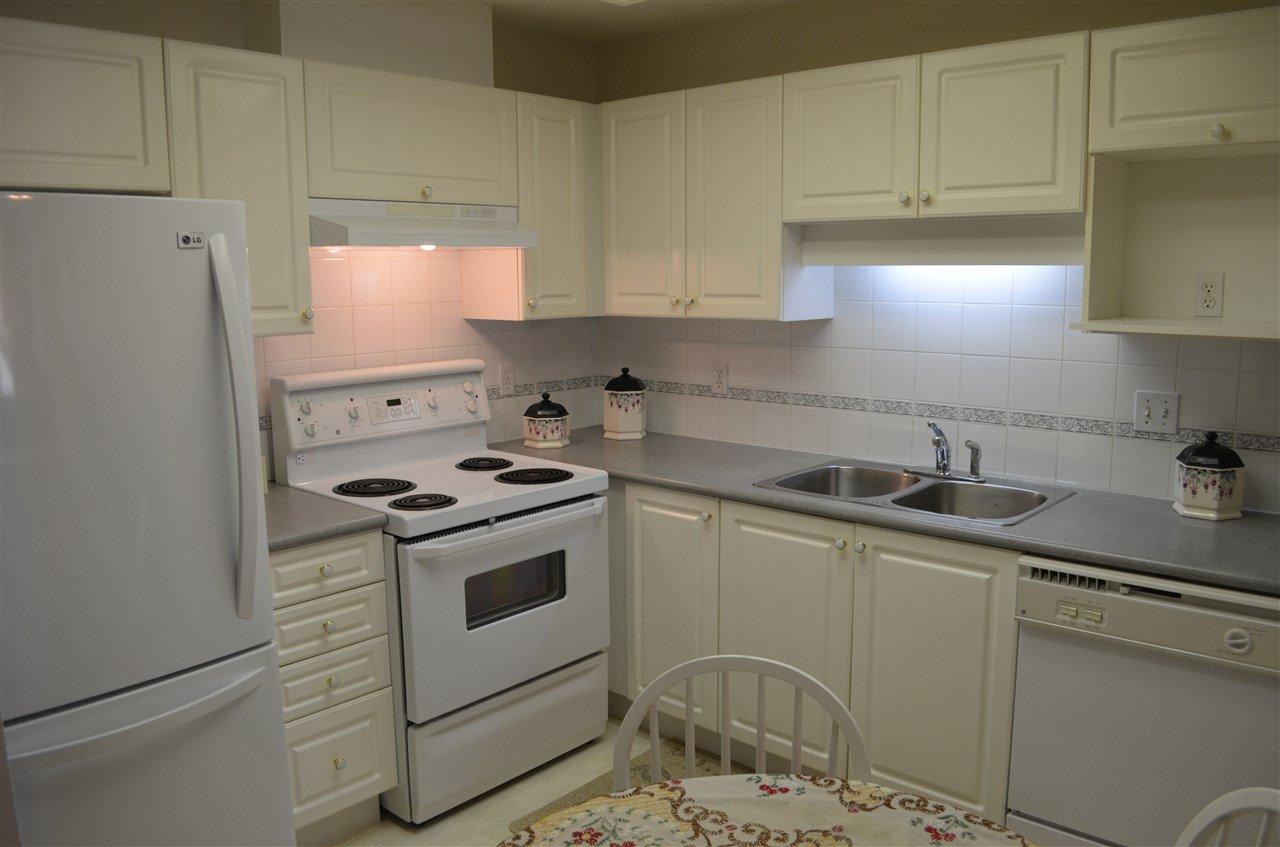"Photo 5: Photos: 309 12155 191B Street in Pitt Meadows: Central Meadows Condo for sale in ""EDGE PARK MANOR"" : MLS®# R2331027"