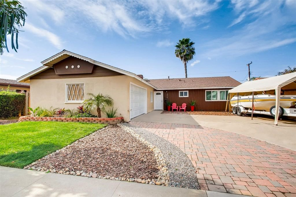 Main Photo: SERRA MESA House for sale : 3 bedrooms : 3574 Sandrock Rd in San Diego