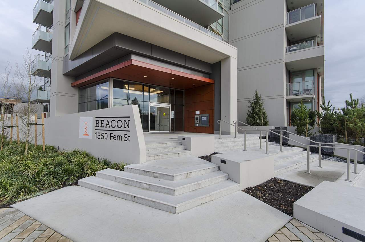 "Main Photo: 1704 1550 FERN Street in North Vancouver: Lynnmour Condo for sale in ""BEACON AT SEYLYNN VILLAGE"" : MLS®# R2358202"