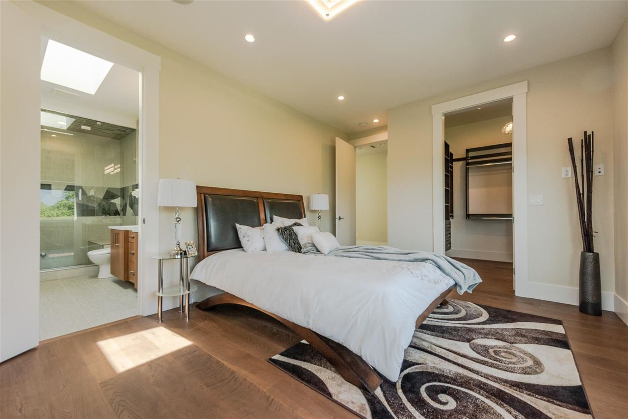 Photo 12: Photos: 4054 MCGILL Street in Burnaby: Vancouver Heights House for sale (Burnaby North)  : MLS®# R2365085