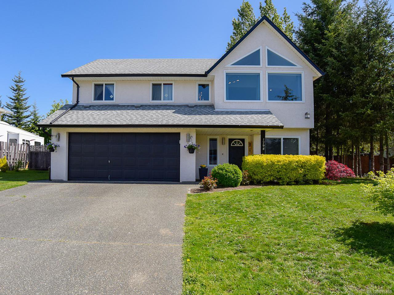 Main Photo: 1794 MALLARD DRIVE in COURTENAY: CV Courtenay East House for sale (Comox Valley)  : MLS®# 813168