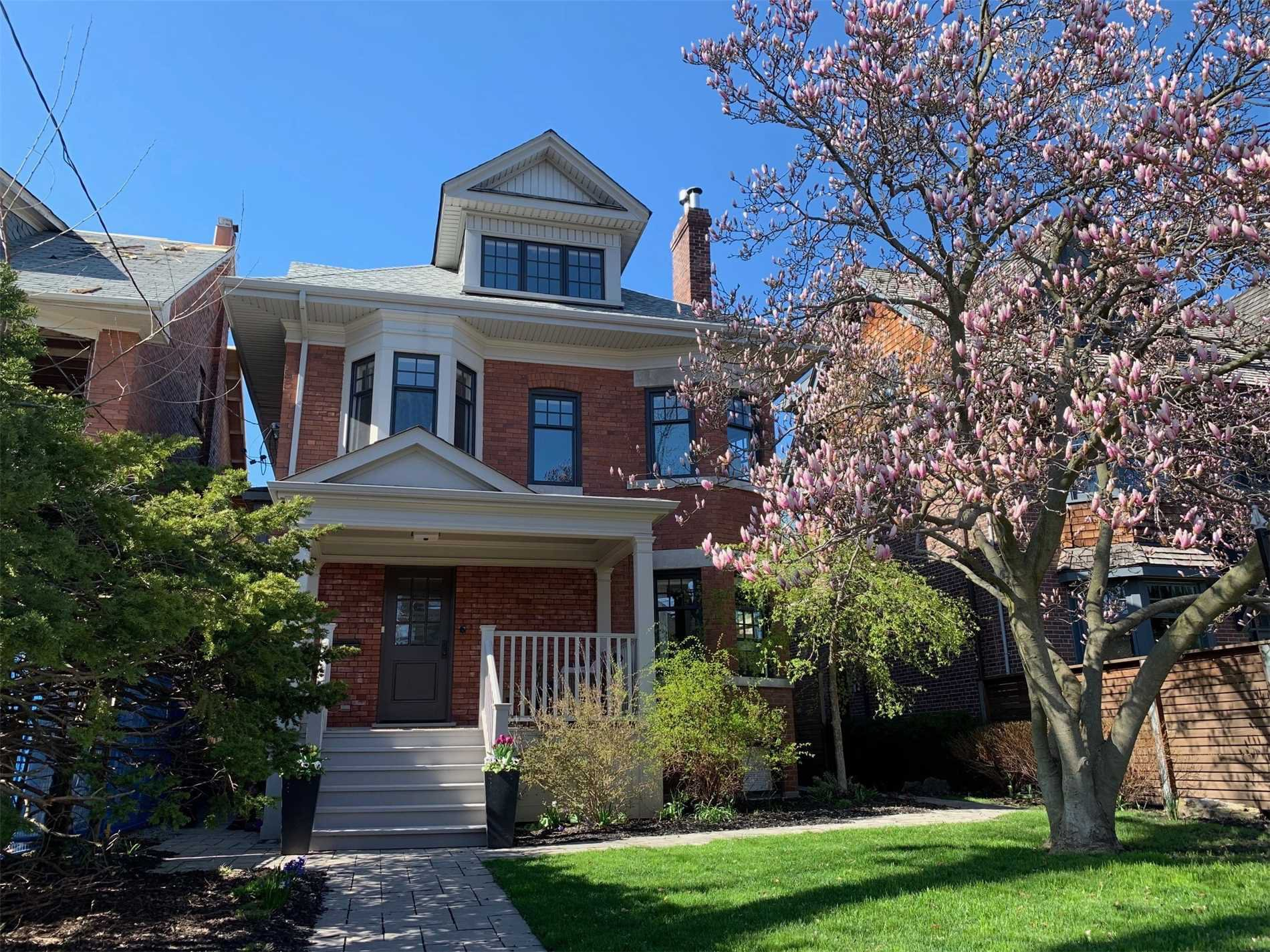 Main Photo: 30 St Andrews Gardens in Toronto: Rosedale-Moore Park House (3-Storey) for sale (Toronto C09)  : MLS®# C4439594