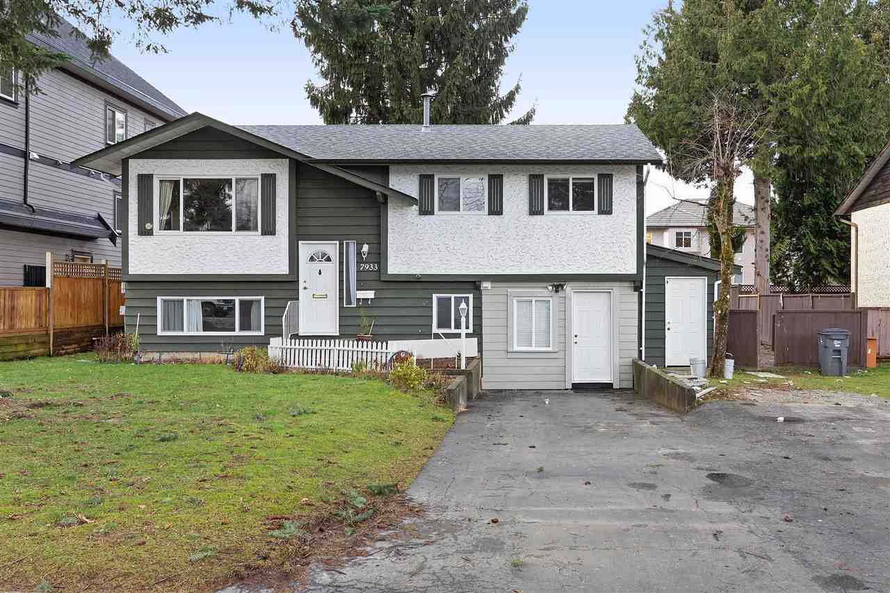 """Main Photo: 7933 134A Street in Surrey: West Newton House for sale in """"WEST NOWTON"""" : MLS®# R2381364"""