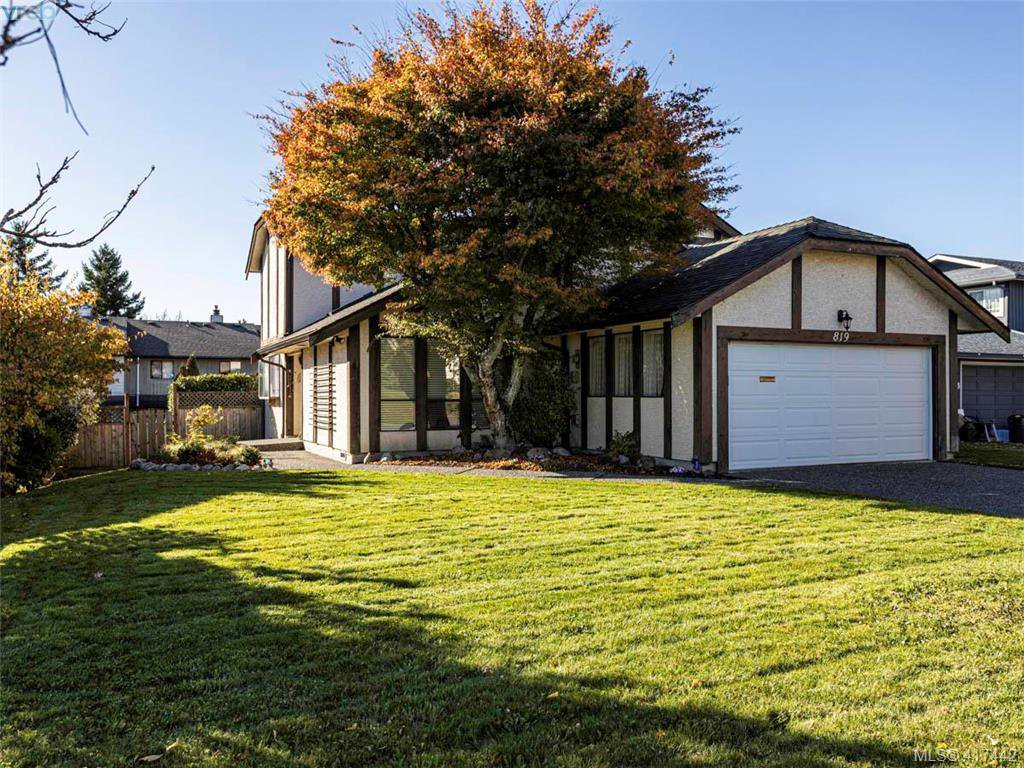 Main Photo: 819 Pepin Pl in VICTORIA: SW Northridge Single Family Detached for sale (Saanich West)  : MLS®# 828187