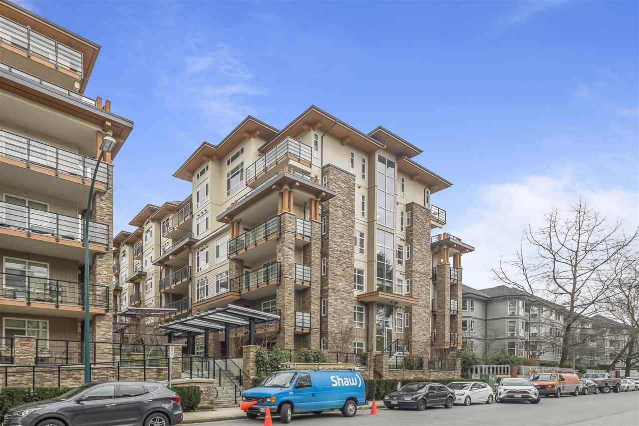 Main Photo: 203 2465 WILSON Avenue in Port Coquitlam: Central Pt Coquitlam Condo for sale : MLS®# R2441954