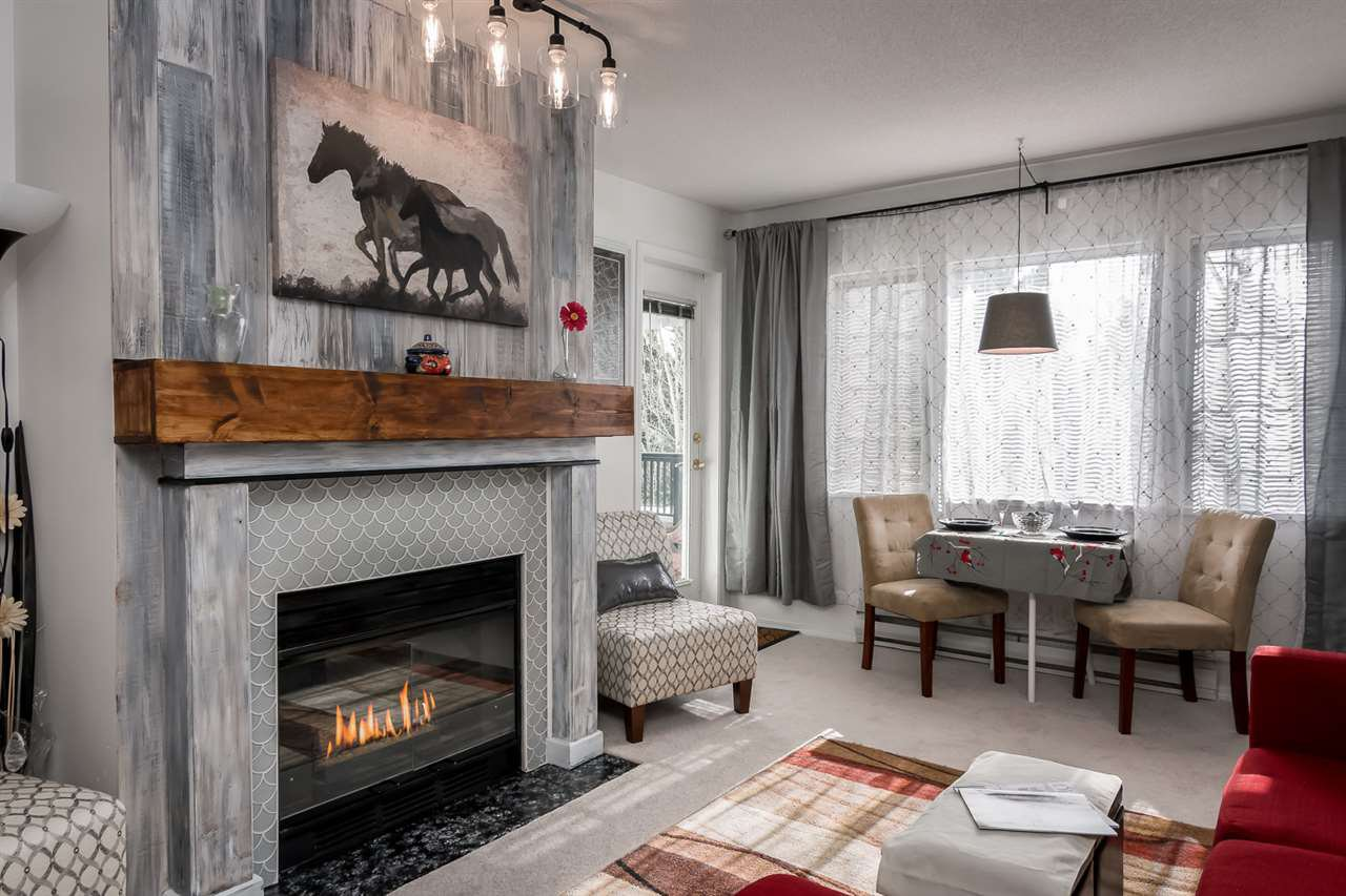 Beautiful gas fireplace! Enjoy the warm ambience provided by your gas fireplace.