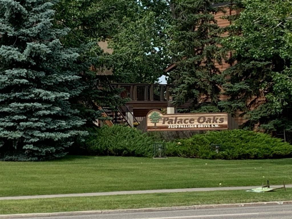 Main Photo: 403 2520 Palliser Drive SW in Calgary: Oakridge Row/Townhouse for sale : MLS®# A1016758