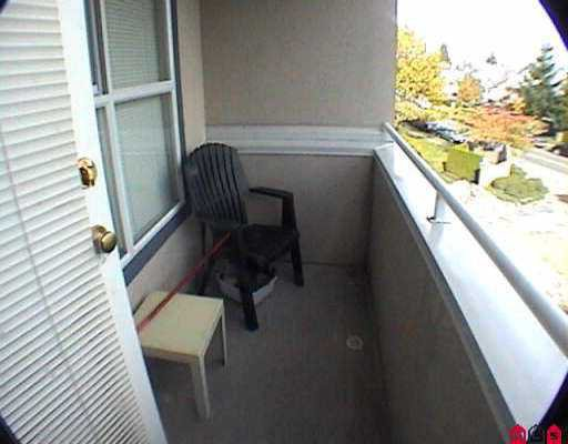 """Photo 7: Photos: 301 7435 121A ST in Surrey: West Newton Condo for sale in """"STRAWBERRY HILL"""" : MLS®# F2523224"""