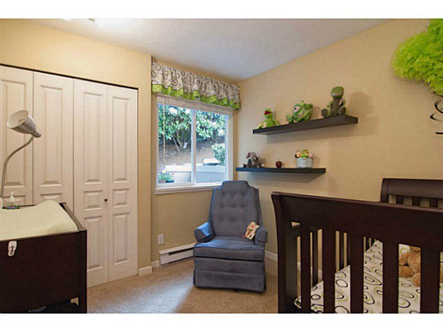 """Photo 15: Photos: 104 7139 18TH Avenue in Burnaby: Edmonds BE Condo for sale in """"CRYSTAL GATES"""" (Burnaby East)  : MLS®# V1065435"""