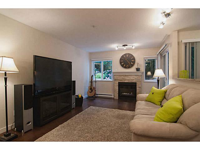 """Photo 6: Photos: 104 7139 18TH Avenue in Burnaby: Edmonds BE Condo for sale in """"CRYSTAL GATES"""" (Burnaby East)  : MLS®# V1065435"""